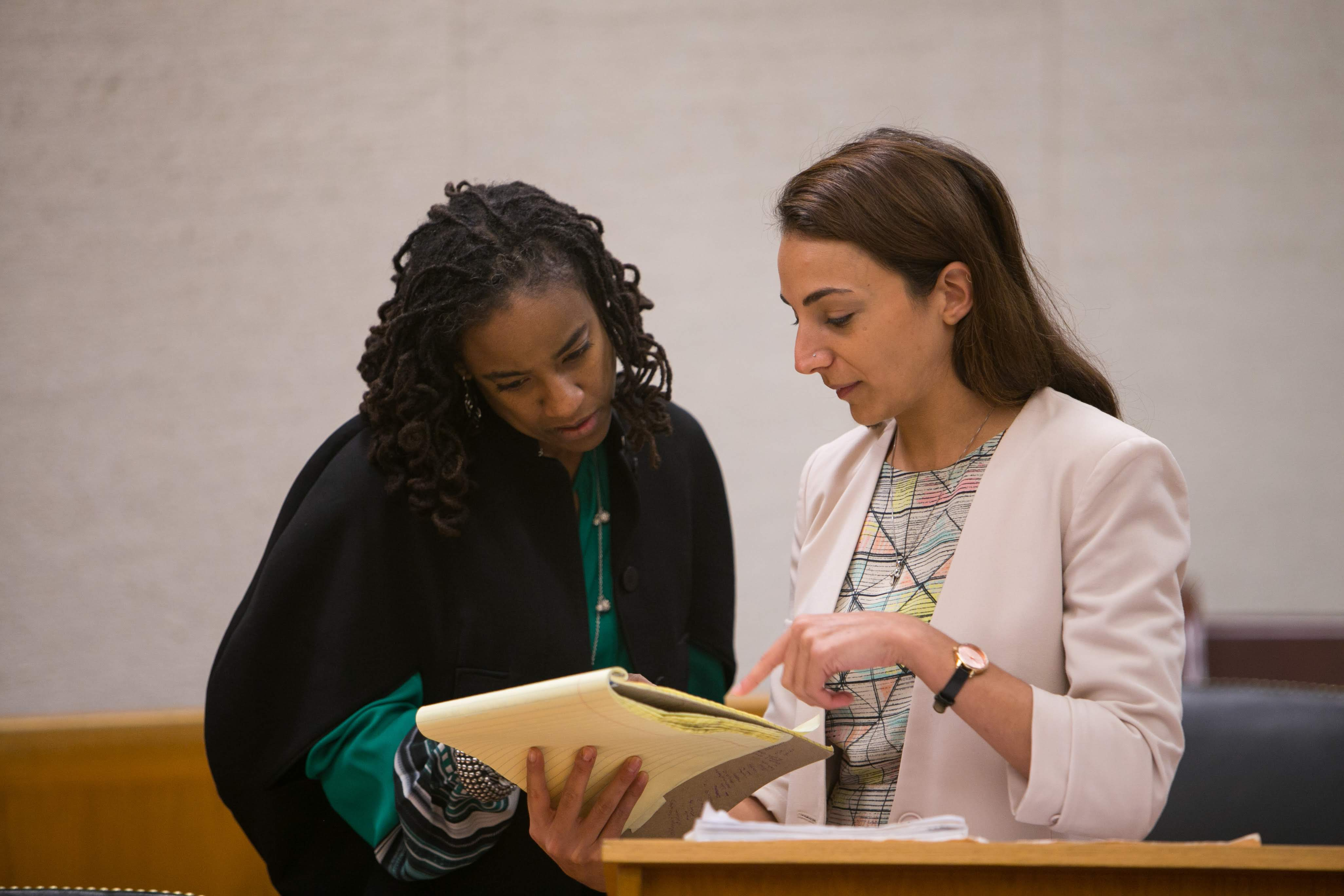 Prof. Kris Henning instructs a Juvenile Justice Clinic student.